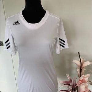 Adidas performance top size Small